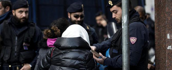 Ragazza violentata per cinque giorni in Sicilia: arrestati altri due africani