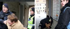 Anziana attraversa col rosso, arrestata con brutalità: polizia-choc in Croazia