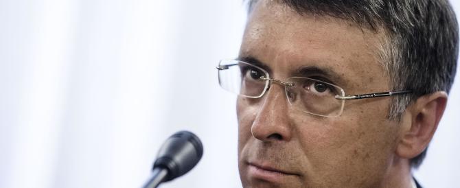 Banche, per salvare la faccia Renzi ricorre a Cantone. Gestirà gli arbitrati