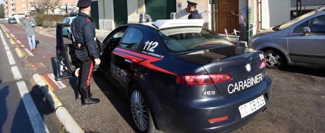 Perugia: donna uccisa a coltellate in casa. Sospetti sul figlio ventenne