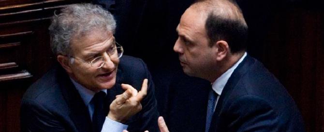 """Ncd: """"Berlusconi, Meloni, Salvini e Grillo? Tutti cattivi, i migliori siamo noi"""""""