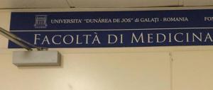 Nasce la Facoltà romena di Medicina che piace tanto al Pd. Ed è scontro