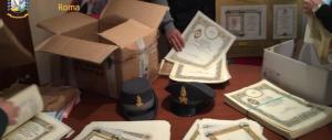 False benedizioni del Papa: scoperta tipografia vicino a San Pietro