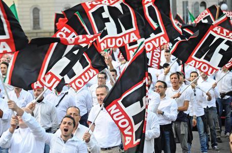 Petizione contro CasaPound e FN. Per gli antifascisti le opinioni sono reato