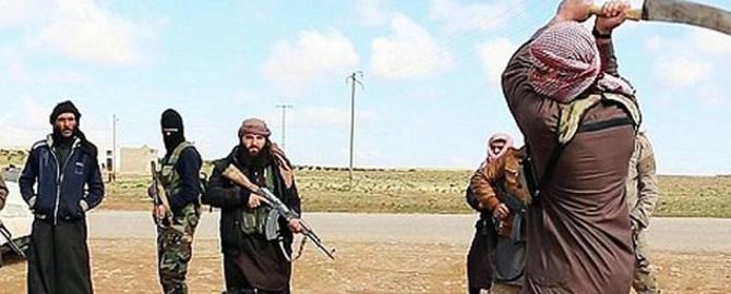 L'ultimo delirio dell'Isis in Libia: donna accusata di stregoneria e decapitata