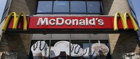 «Così froda il fisco»: sindacalisti portano McDonald's in tribunale