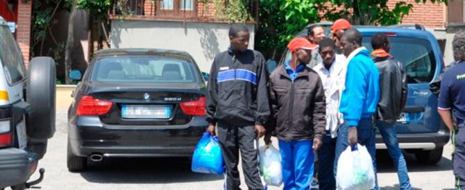 Altra violenta lite tra migranti: al Cara di Foggia accoltellato un camerunense