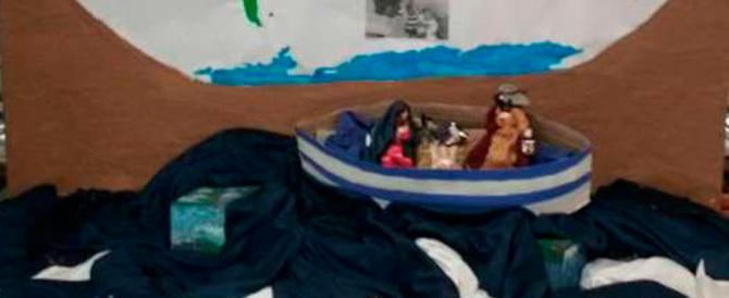 Un altro presepe-choc: Gesù e la Madonna sono profughi su un barcone