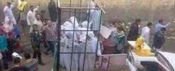 L'Isis: violentare le prigioniere ma non quando hanno le mestruazioni