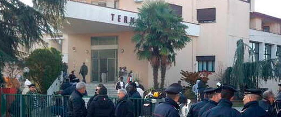 Migranti protestarono e sequestrarono una donna in Veneto: 34 gli indagati