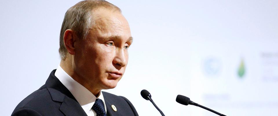 Putin ordina il ritiro delle truppe russe dalla Siria. E poi vola da al-Sisi