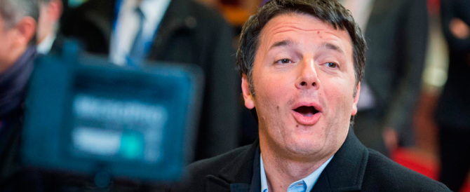 """Renzi le spara grosse: """"Tanti investitori pronti a scommettere sull'Italia"""""""