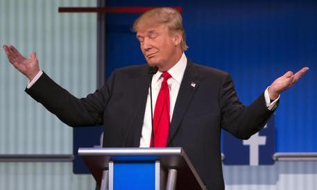 Trump ora fa paura. E le inventano tutte per fermarlo. Ecco l'ultima