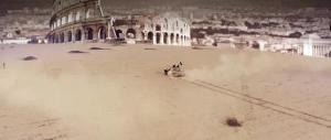 Nuovo video-choc su Roma: un Colosseo nel deserto assediato dall'Isis