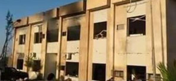 Libia, camion-bomba dell'Isis a Zliten dinanzi la sede della polizia. 65 morti