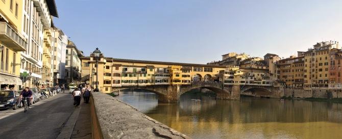 Firenze, arriva l'incubo-Colonia? Donna aggredita da un pakistano