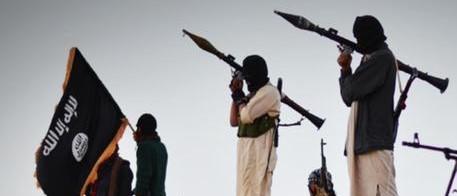 Siria, è massacro senza fine: l'Isis uccide, decapita e sequestra