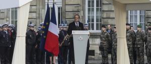 """""""Charlie Hebdo"""", Parigi un anno dopo. Hollande: il terrore non ci ha fermato"""