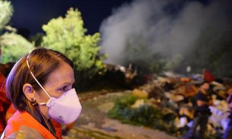 I roghi nei campi rom valgono un mese di targhe alterne. Ma se lo dici sei razzista