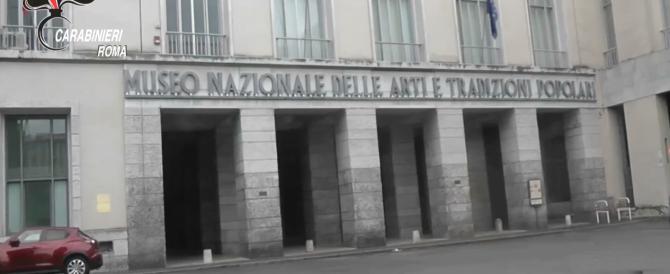 Il museo degli orrori: dipendenti timbravano e andavano via (video)