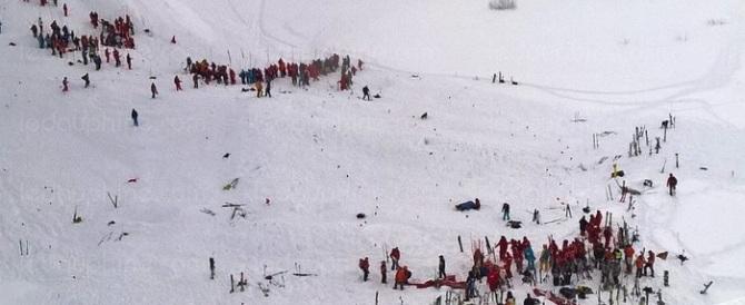 Valanga travolge 10 studenti sulle Alpi francesi: 2 morti e 5 dispersi