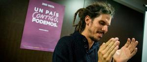 Podemos, scandalo alle Cortes: le trecce rasta? Portano i pidocchi…