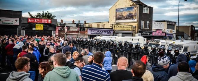"""""""Strade di Belfast"""", un libro-reportage nell'Irlanda che non si è mai arresa"""