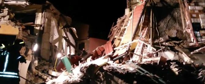 Savona, esplode una palazzina: cinque cadaveri estratti dalle macerie