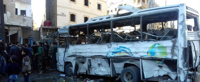Bagno di sangue in Siria. Gli Usa gettano la spugna: situazione fuori controllo