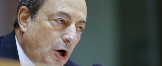 Draghi attacca la Germania: «Mette a rischio l'indipendenza della Bce»