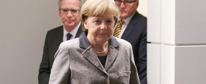 Merkel difende le banche tedesche e parte all'attacco di quelle italiane