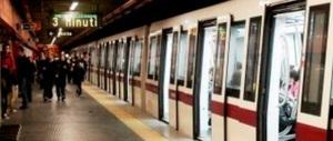 Roma, il ragazzo aggredito in metro era già stato vittima di atti di bullismo