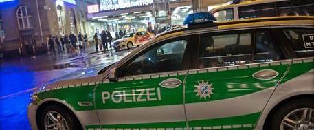 Monaco, un allarme terrorismo rovina il capodanno: evacuata la stazione