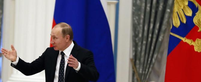 Fango dagli Usa sul nemico Putin: Obama vuole il ritorno alla Guerra Fredda