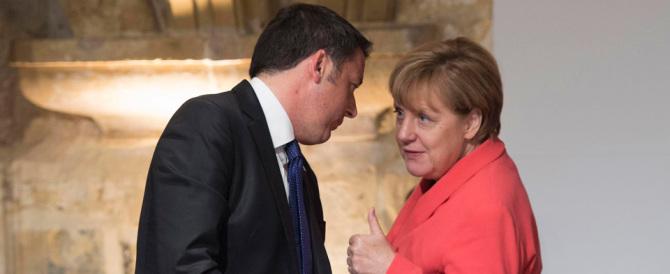 """Merkel: """"Triste per le dimissioni di Renzi"""". Ma per l'addio di Berlusconi esultò"""