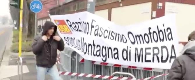 La trovata di m… dei «kompagni»: letame contro l'incontro Salvini-Le Pen (video)