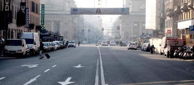 Si allenta la morsa dello smog. Roma e Milano tornano a respirare