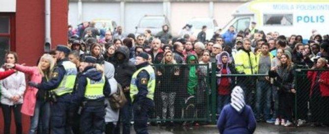 E in Svezia è bufera sulla polizia: «Ha insabbiato gli stupri degli stranieri»