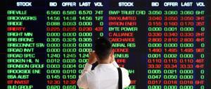 Le banche affondano le Borse: Piazza Affari la peggiore. Male Wall Street