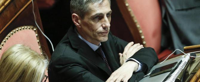 """Psicodramma M5S: il """"vaffa"""" di Airola e le lacrimucce delle senatrici"""