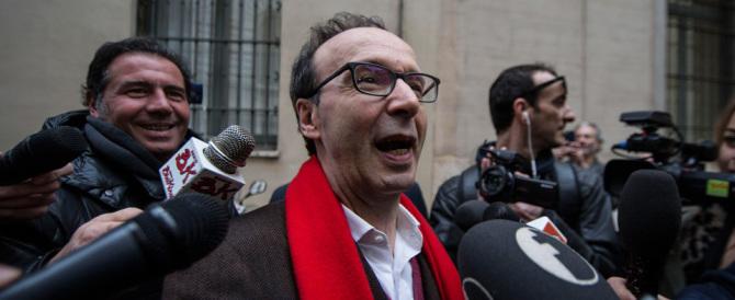Rivolta contro Benigni in versione renziana. Non è più l'eroe della Costituzione?