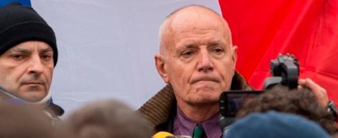 Scuote la Francia l'arresto di Piquemal, il generale anti-immigrati