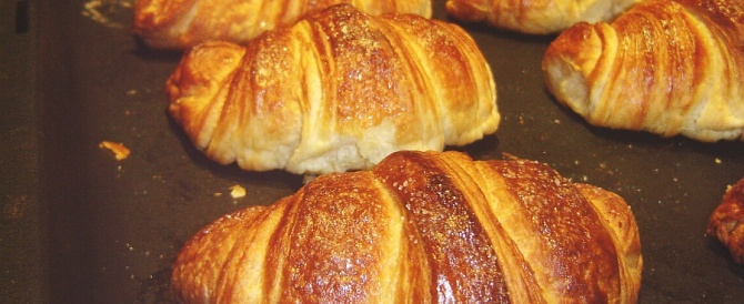 Guerra ai croissant nei supermercati inglesi: sono francesi, dunque sgraditi