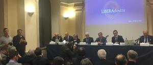 """Riforme, Fini: """"Un Comitato per il No in nome del presidenzialismo"""""""