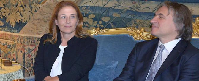 «Mai così incapaci»: il Pd licenzia i vertici Rai voluti da Renzi, poi ci ripensa