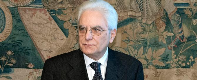 """L'appello all'unità di Mattarella. La replica di Gasparri: """"Gli italiani prima di tutto"""""""
