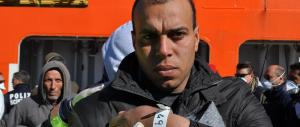 Scafista egiziano arrestato ed espulso sbarca di nuovo guidando un barcone