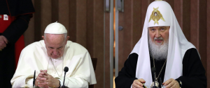 Il Papa e il Patriarca uniti: «La famiglia può nascere solo tra uomo e donna»