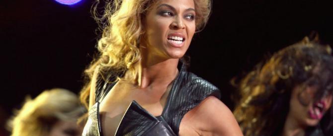 """Lo show di Beyoncé irrita Rudy Giuliani: """"Rispetto per i poliziotti"""""""