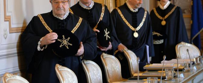 Italicum, la Consulta rinvia il giudizio. E Renzi tira un sospiro di sollievo